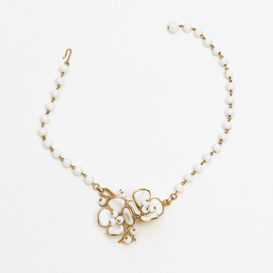 Collier, Choker mit Kamelien, Trifari, New York