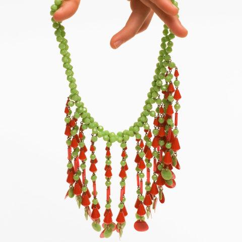 Halskette-Kunststoff-Pop-Art-ca-1965_0